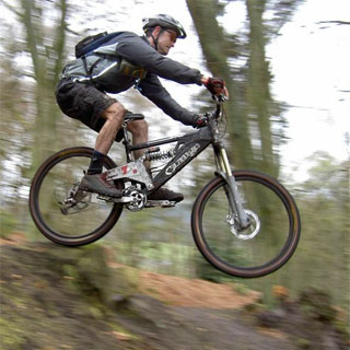 1 Day Extreme Mountain Biking Hire image