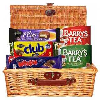 Irish Tea & Biscuits Hamper (FREE Delivery to USA)