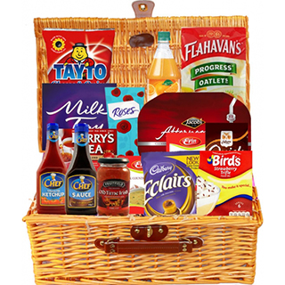The Traditional Irish Hamper (FREE Delivery USA) image