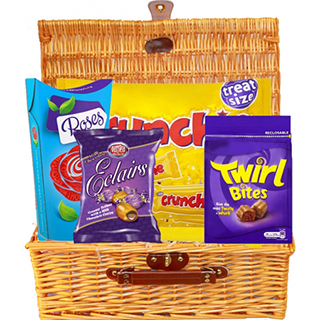 Irish Sweets Hamper (FREE Delivery to USA) image