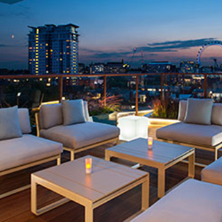 7 Course Tapas Cocktails for Two in Sky Bar