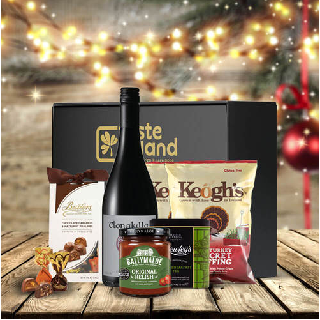 Wine and Nibbles Hamper (FREE DELIVERY TO OZ) image