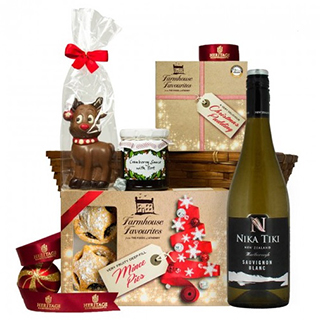 Tasty Treats Christmas Hamper image