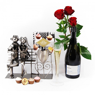 A touch of Love Hamper image