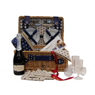 Beech Picnic Basket - 4 Person image
