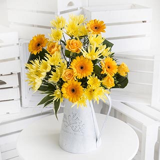 Castilla Vase Yellow Flower Bouquet