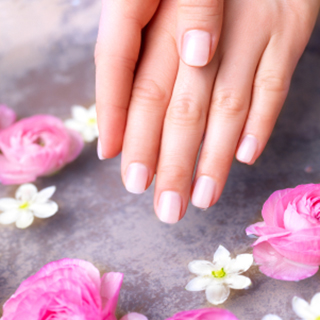 Express Manicure at OSLO image