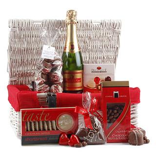 Chocolate & Sparkles Christmas Hamper image