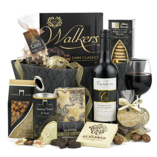 Red Wine Christmas Warmer Hamper image