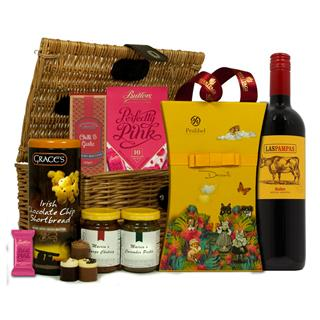 Picnic Basket Wonder Christmas Hamper image