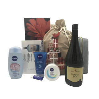 Pamper Hamper with Bubbles