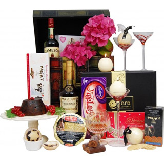 Seasonal Spirit Christmas Hamper image