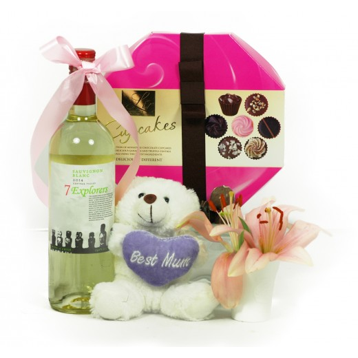 Best Mum Teddy & Cupcake Hamper image