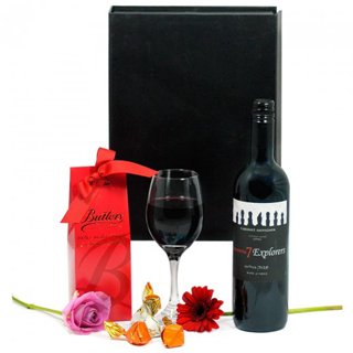 Chocolate and Red Wine Hamper image