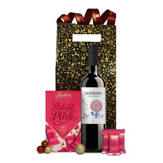 Red Spanish Delights Christmas Hamper image