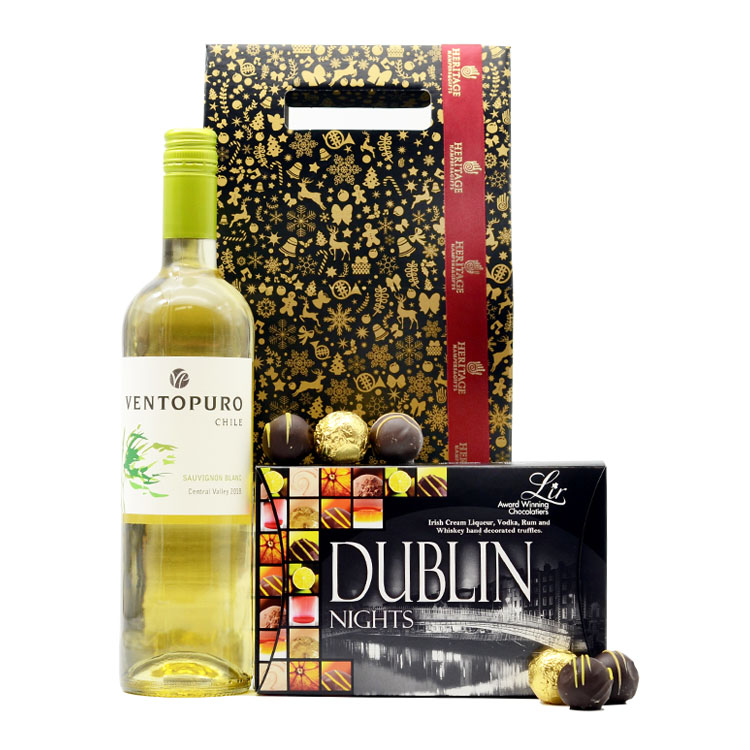 White Chilean Christmas Hamper image