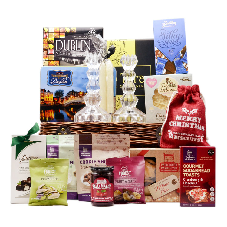 Candle and Treats Christmas Hamper image