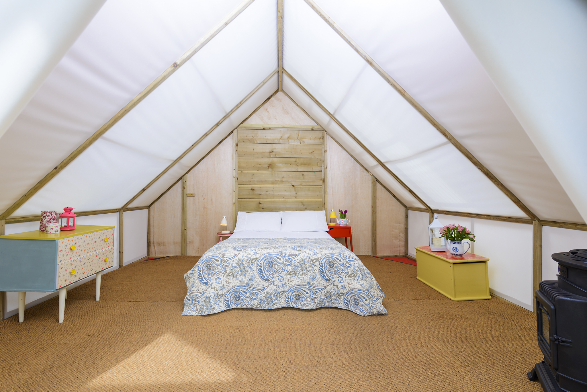 Romantic Glamping Suite 2 Night Midweek Getaway