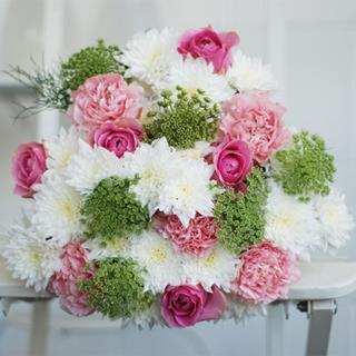 Pretty Flower Bouquet image