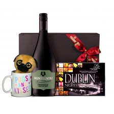 Pugg and Fizz Hamper image