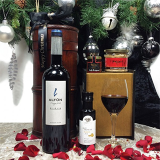 Taste Sensation Wine Hamper image