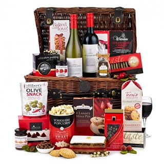 The Connoisseur Hamper image