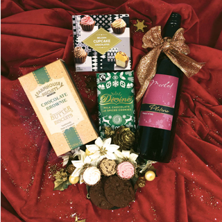 The Holly & Ivy Christmas Hamper image