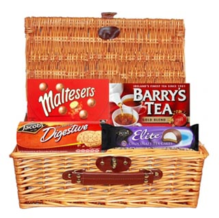 Hampers to usa online gifts to usa allgifts time out irish gift basket free delivery to usa image negle Choice Image
