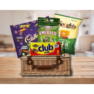 Irish Treat Hamper (FREE Delivery to USA) image