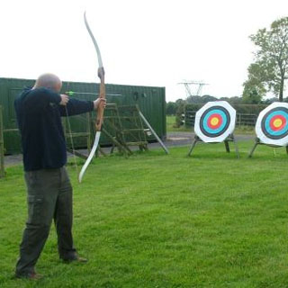 1 Hour of Longbow Archery