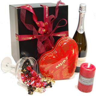 Prosecco Pleasures Hamper image