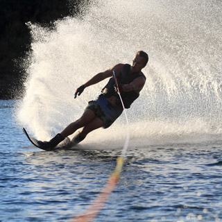 €100 Waterskiing Gift Voucher