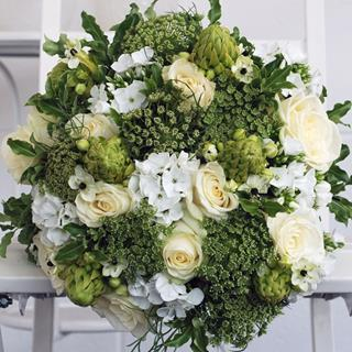 White Water Bouquet