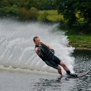 €200 Waterskiing Gift Voucher