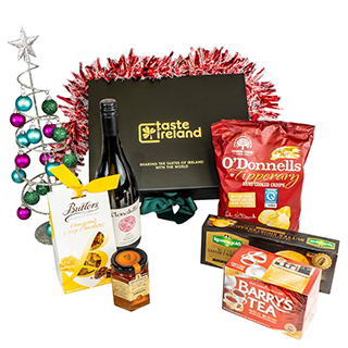 Wine & Nibbles Xmas Hamper (FREE Delivery to Oz) image
