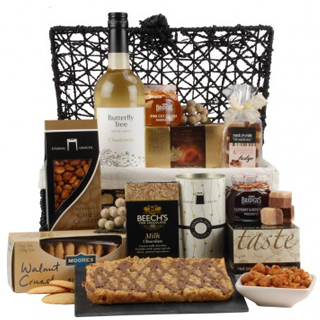 Laurel Hamper image