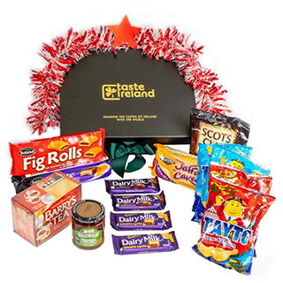 Merry Tea Time Hamper (FREE Delivery to Oz) image