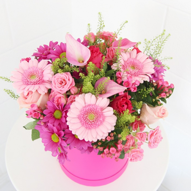 PINK Hat Bouquet image
